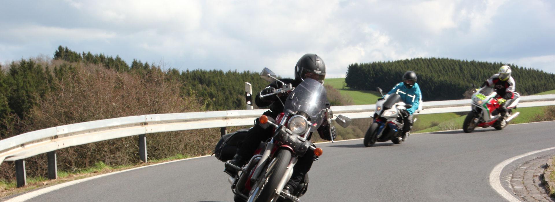 Motorrijbewijspoint Brunssum motorexamens AVB en AVD